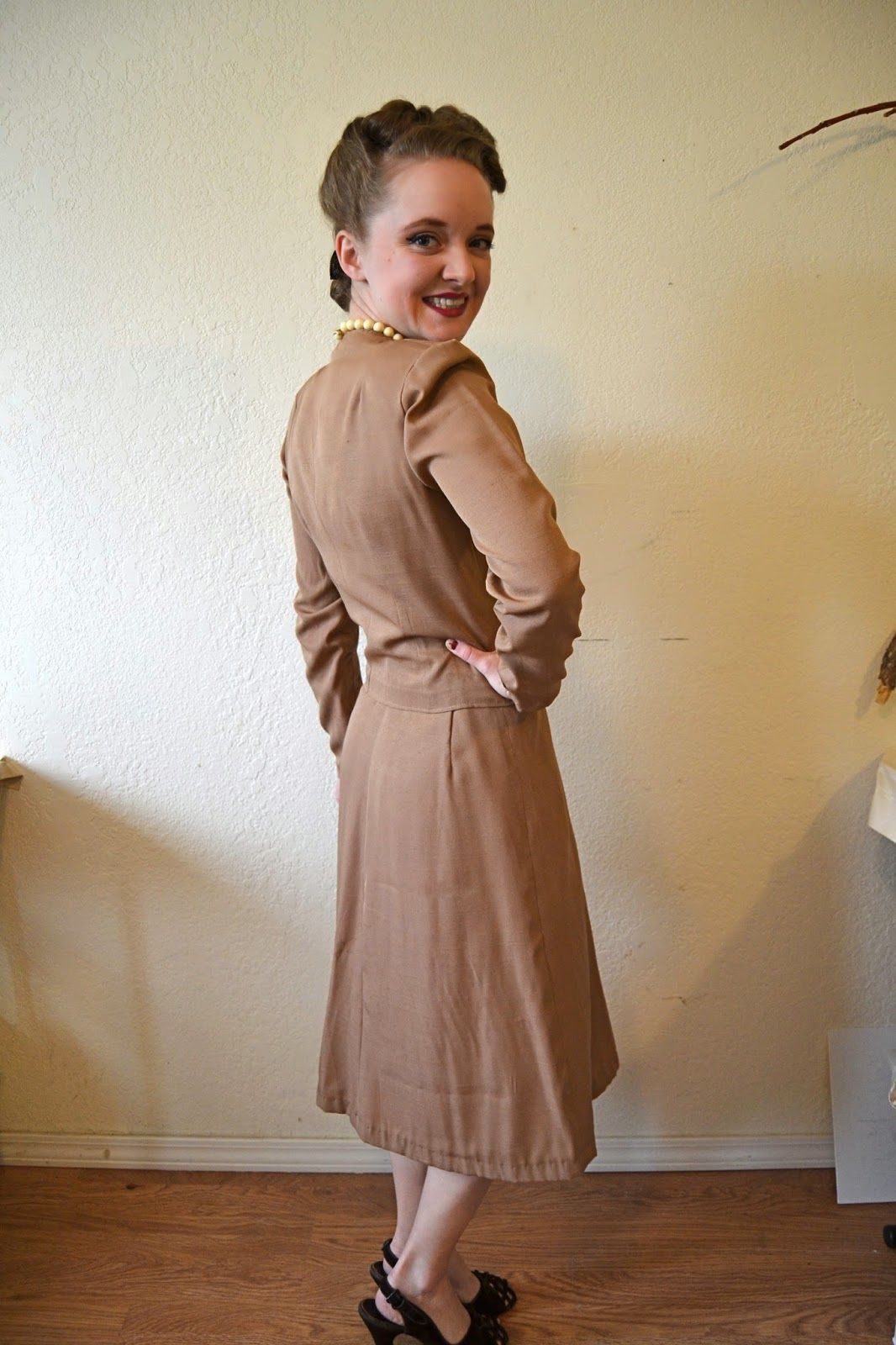 Flashback Summer:  Sew For Victory 2.0 2014- 1940s mail order 3700 suit and sundress