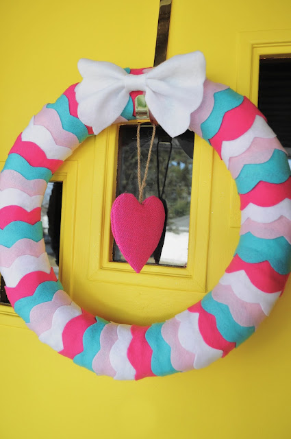 Valentine's Day Wreath DIY
