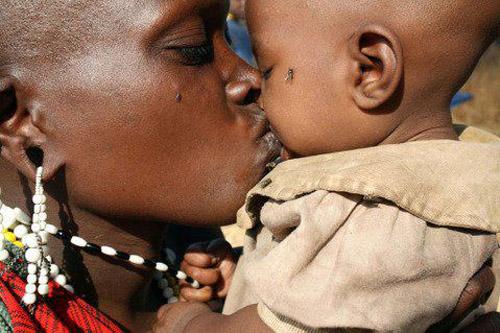 Fotos Comoventes de Mães Africanas