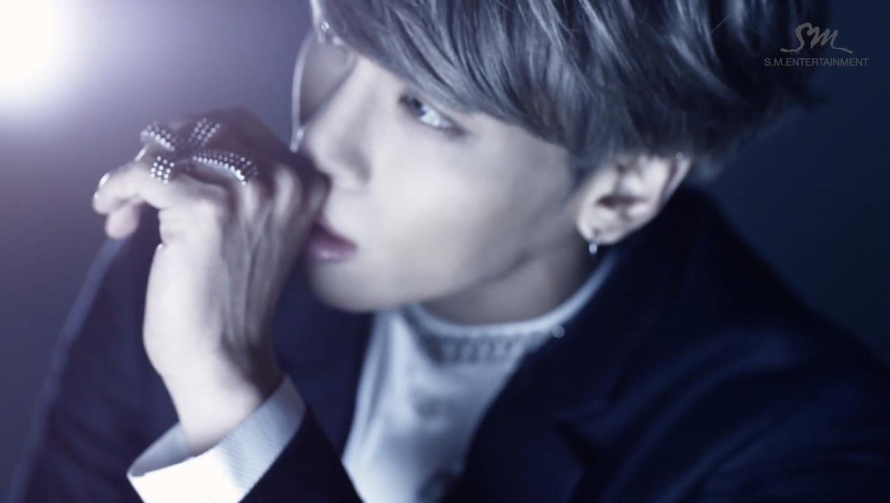 Download Lirik Lagu Jonghyun feat Iron – Crazy (Guilty Pleasure)