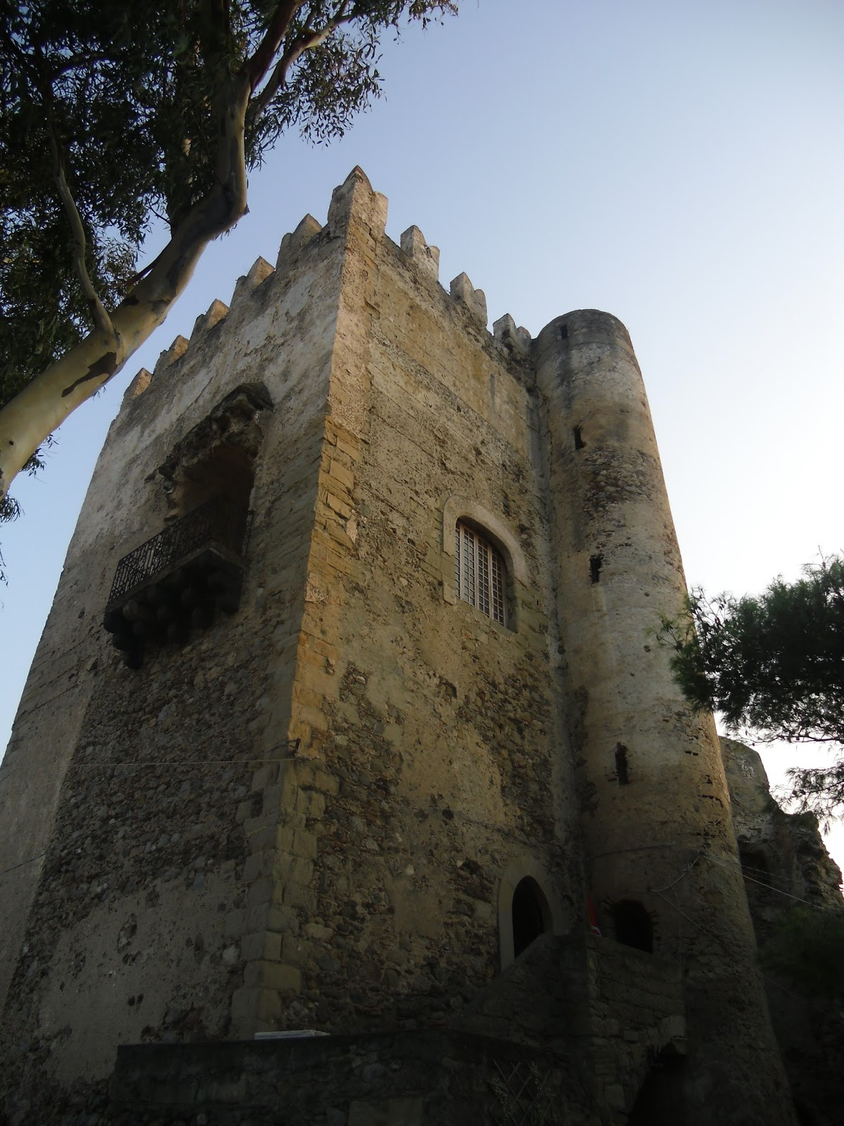 Il Castello di Brolo (Me) Associazione Medievalia
