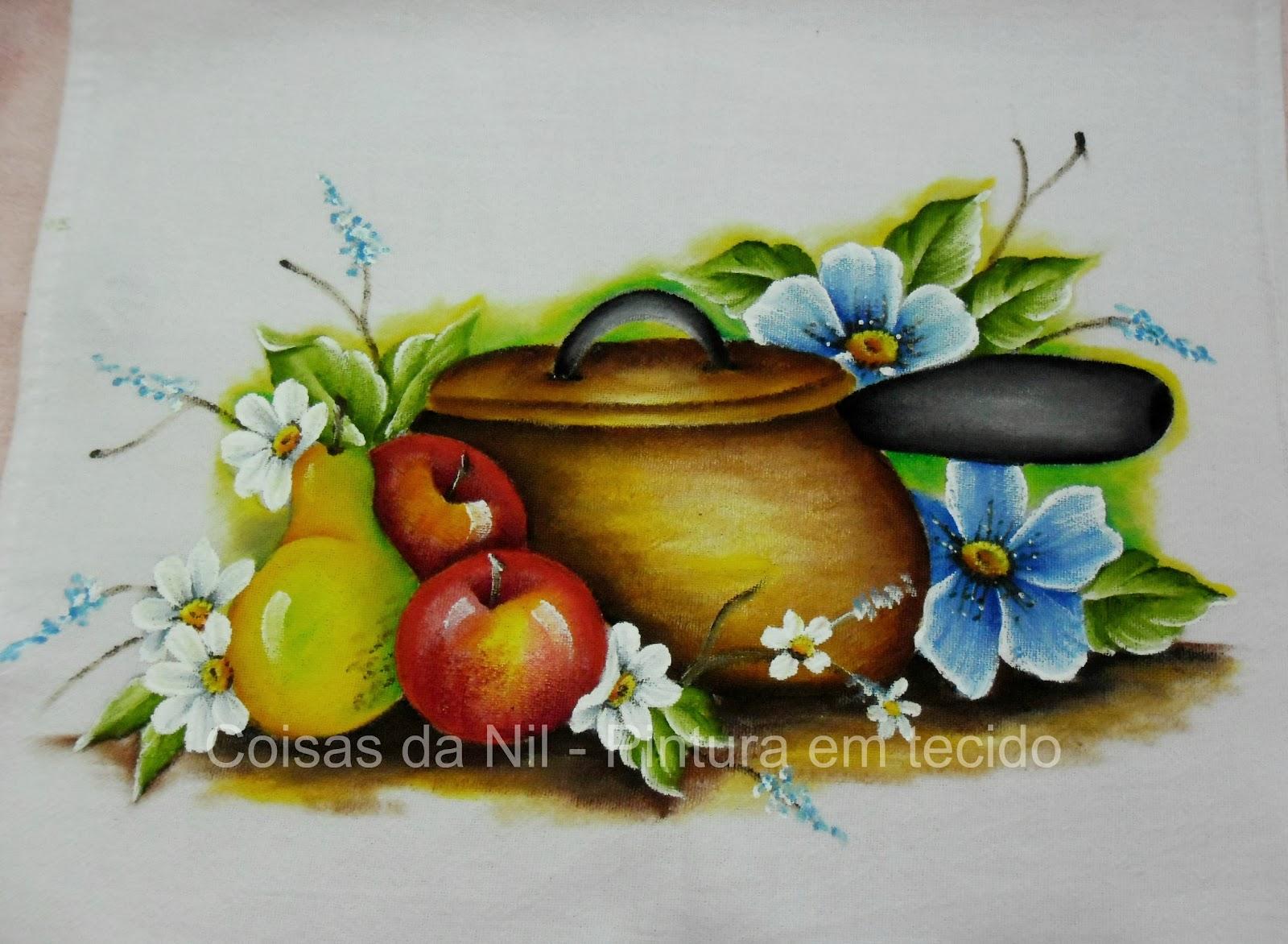 pano de copa com pintura de panela de barro com flores e frutas