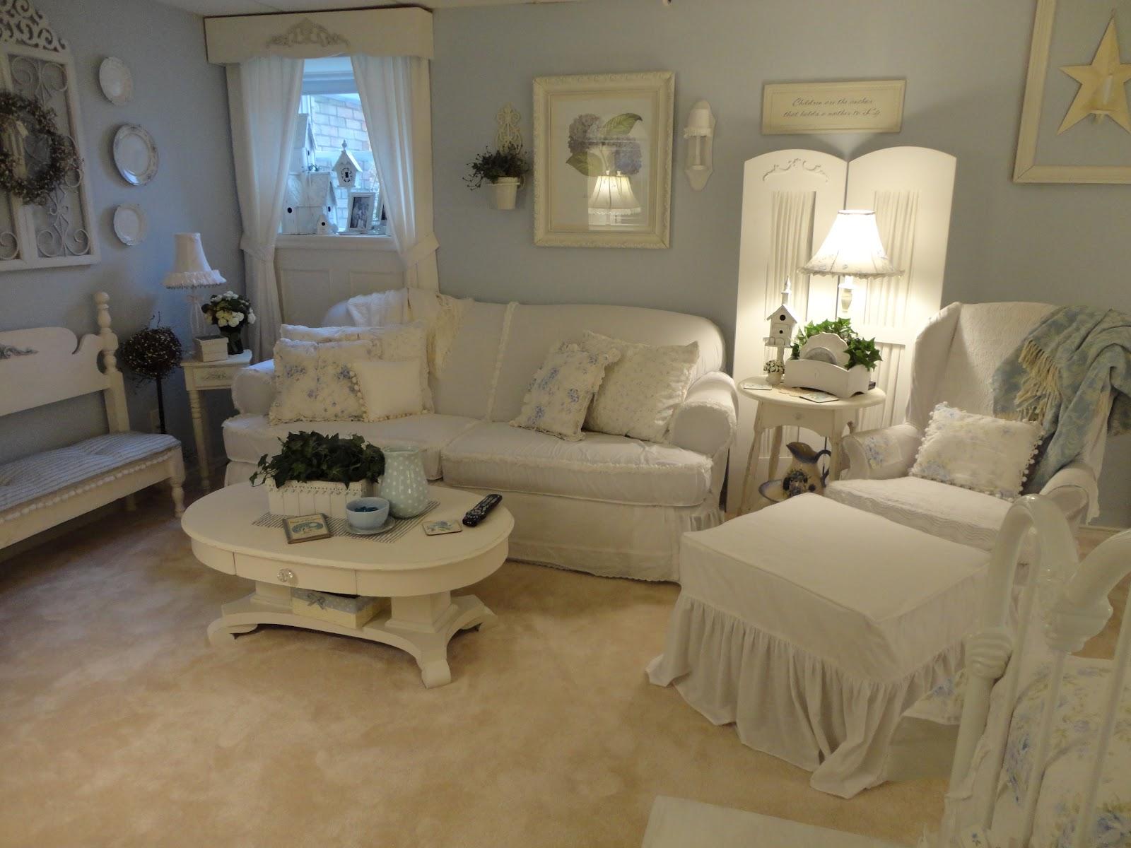shabby chic home decor home tour debbiedoo 39 s. Black Bedroom Furniture Sets. Home Design Ideas