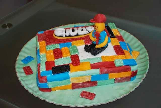 Preferenza dolce .. dolcissima Follia !: LEGO CAKE per giocare anche con la  QM38