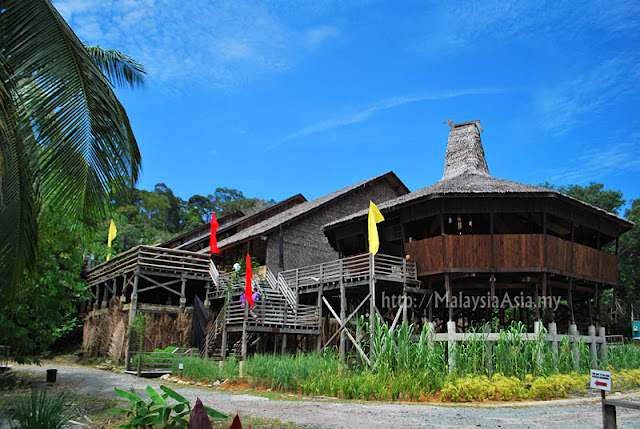 Gawai special package in sarawak malaysia asia for Longhouse birdhouse