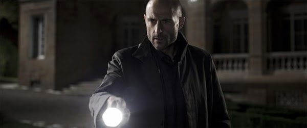Mark Strong en Mindscape