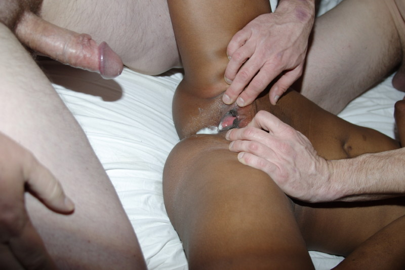 Nasty Asian Shemale Whore: AMATEUR GANG BANG PICTURES