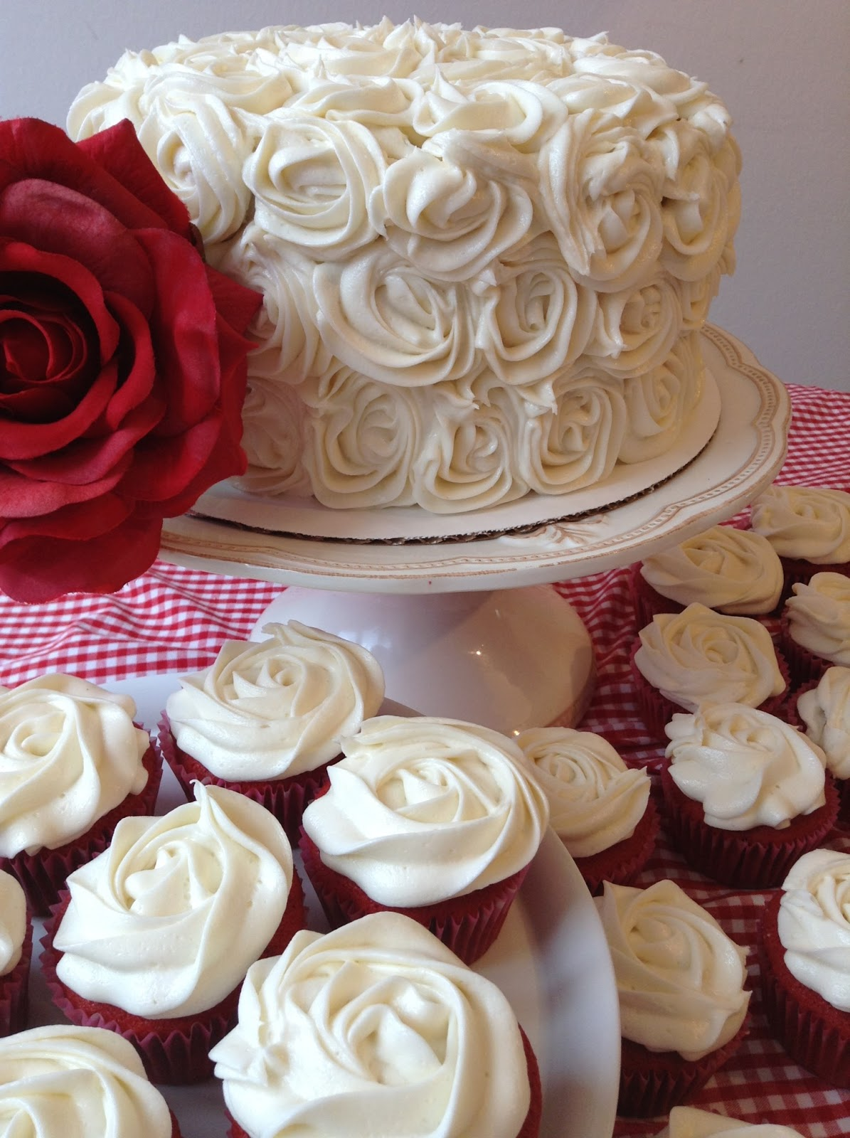 The Sugary Shrink: Red Velvet Cake and Cupcakes