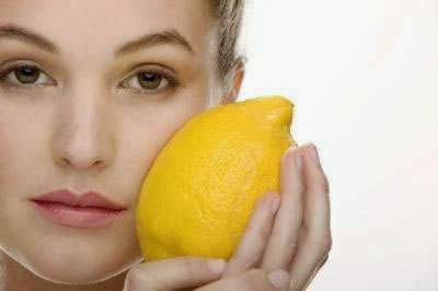 Cara alami membersihkan Bintik Hitam pada Wajah