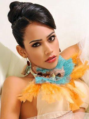 Miss Bolivia 2012 2013 Beni Dayana Dorado