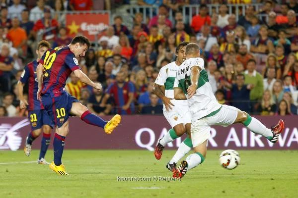 """"""" ميسي يقود برشلونة لبداية رائعة أمام إلتشي"""