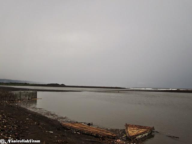 Pantai Baros pagi hari