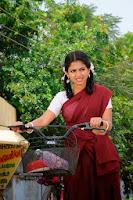Apple-Penne-Heroine-Aiswarya-Menon-Stills