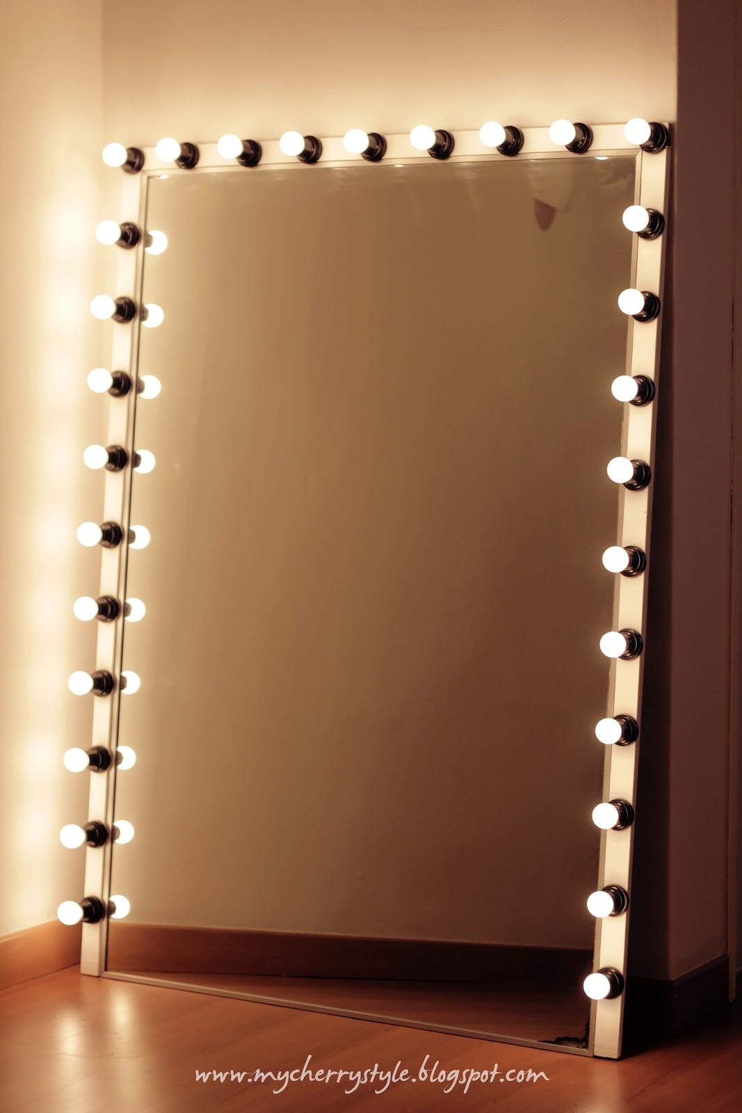 diy hollywood style mirror with lights tutorial from scratch for real my. Black Bedroom Furniture Sets. Home Design Ideas