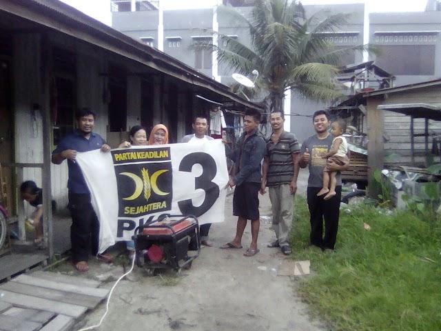 Krisis Listrik, PKS Bantu Warga Dengan Genset Keliling