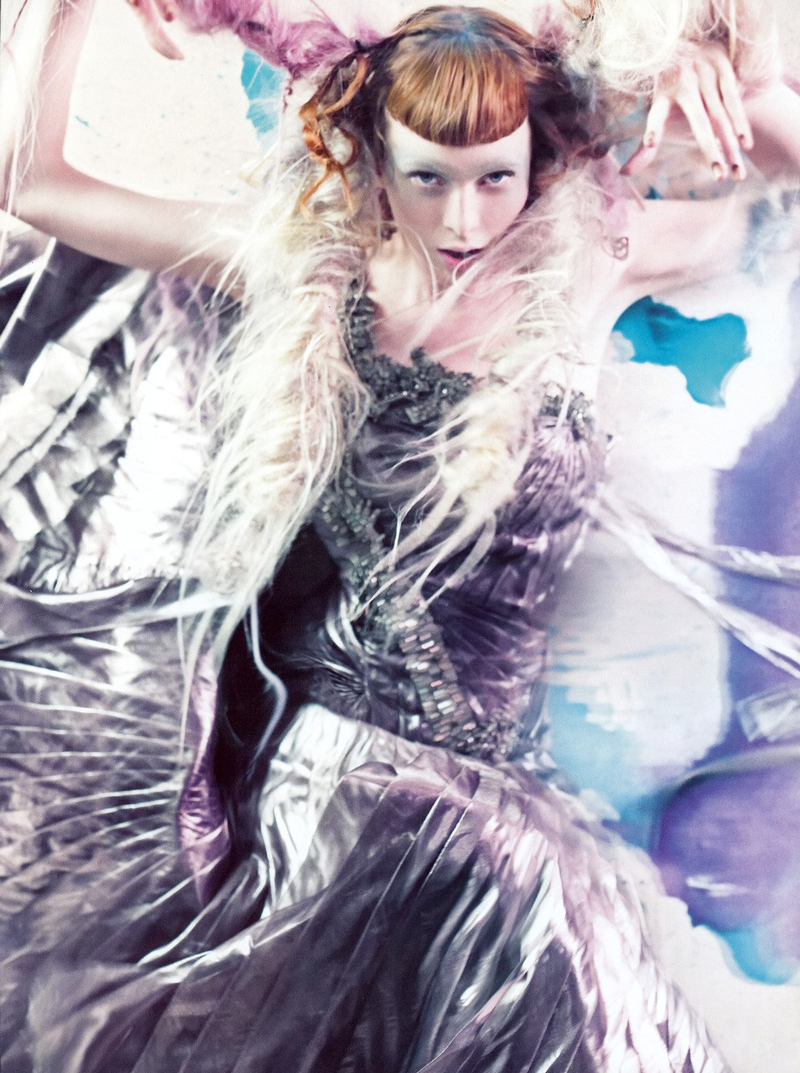 Karen Elson wearing Alberta Ferretti in Vogue Italia March 2008 (photography: Craig McDean, styling: Tabitha Simmons)