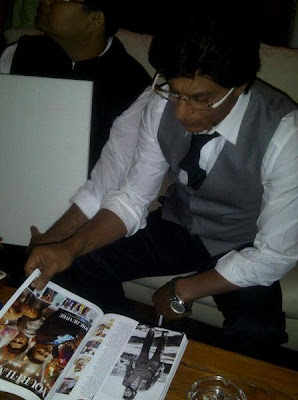 Shah Rukh Khan unveiled the special edition cover of Filmfare magazine