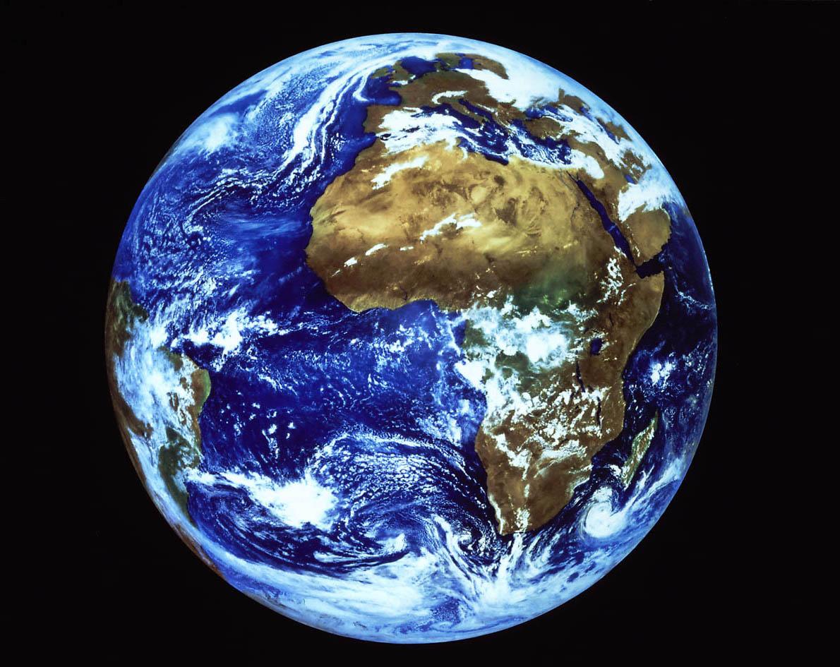 http://2.bp.blogspot.com/-e-6RU2sD4Rc/Tdty1TAXHuI/AAAAAAAABM0/nn8ajg7mXQ8/s1600/earth.jpg