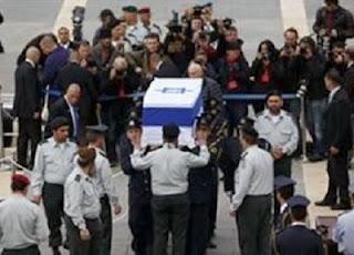 Gempa 3,5 SR Sambut Pemakaman Ariel Sharon (foto infoislami)