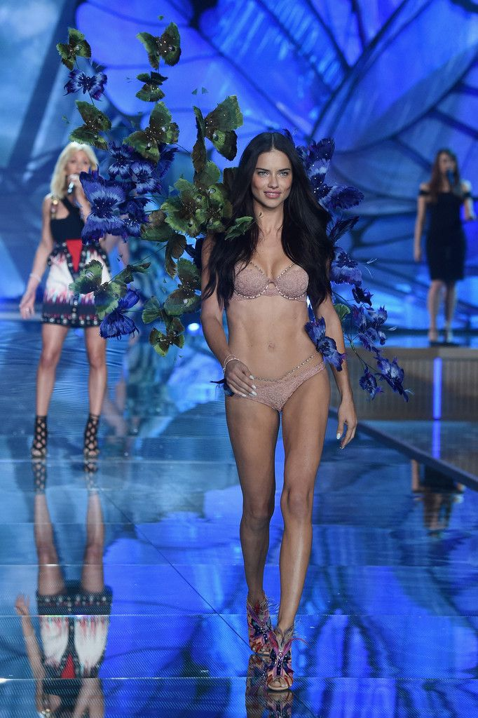 Adriana Lima – 2015 Victoria's Secret Fashion Show in NYC