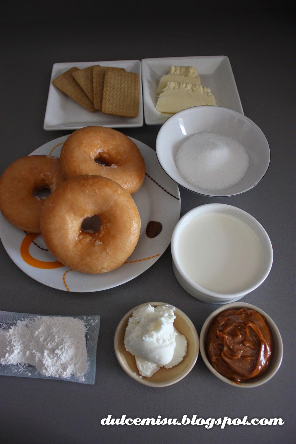 tarta donuts, dulce de leche, boquilla, manga pastelera, nata líquida, mantequilla, donuts, recetas, dulcemisu