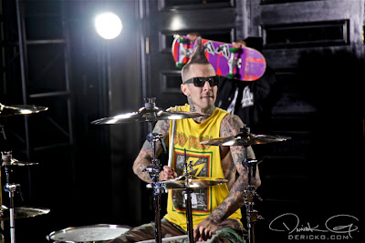 Imagen de Travis Barker en el rodaje del video de Can A Drummer Get Some ? del nuevo disco de Travis Barker llamado Give the drummer some