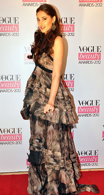 Nargis Fakhri vogue awards
