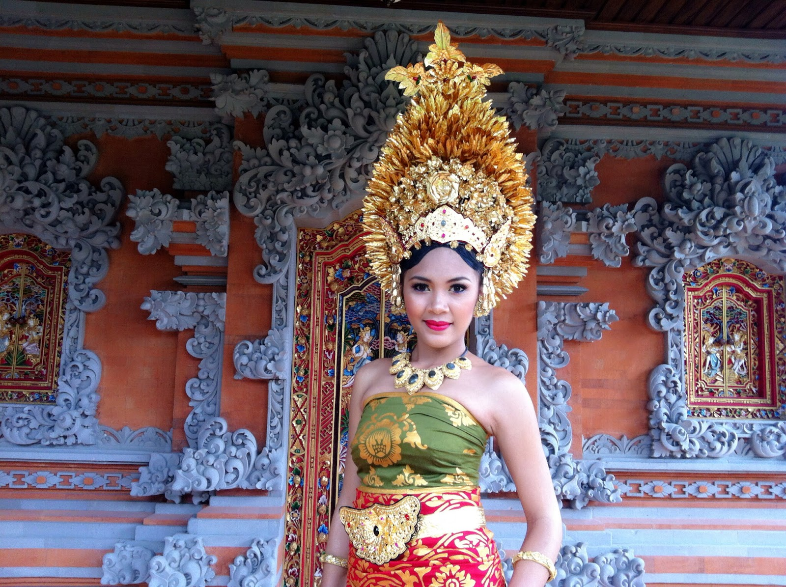 Eka Raditya MakeUp Art: Payas Agung Bali Modifikasi - Eka