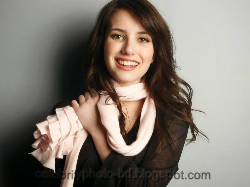 Actress+Emma+Roberts+Hot+Photos011