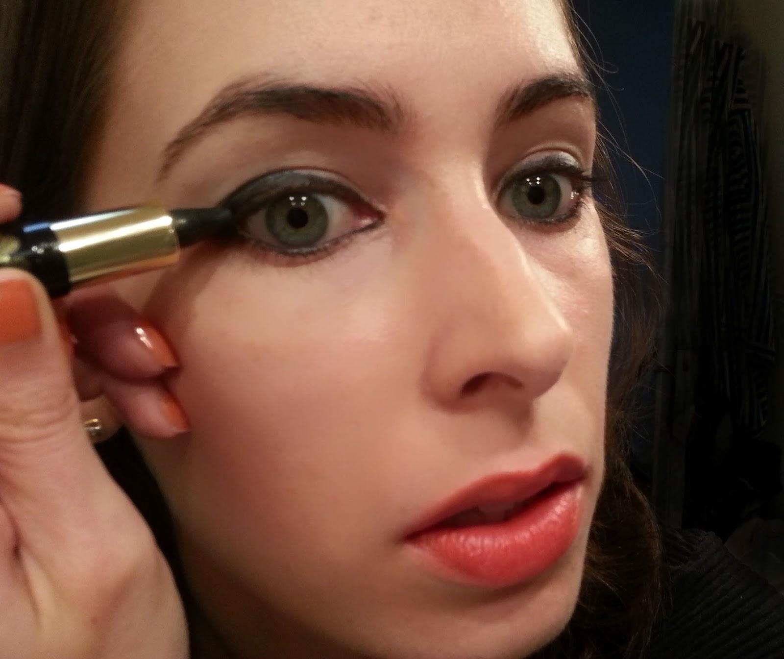 tutoriel maquillage agnes b. Black Bedroom Furniture Sets. Home Design Ideas