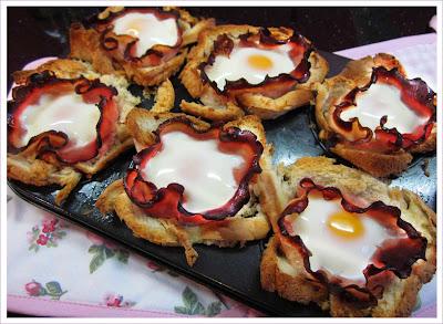 Muffintoast mit Schinken und Ei
