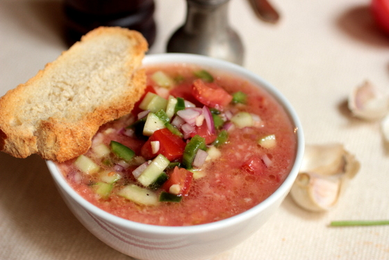 Bread and Tomato Soup - Gazpacho Style #SundaySupper | Vintage Kitchen Notes