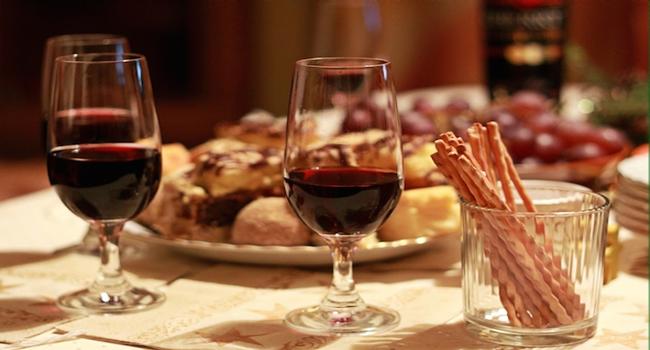 ¿Cómo llega el arsénico al vino y otros alimentos que consumimos?