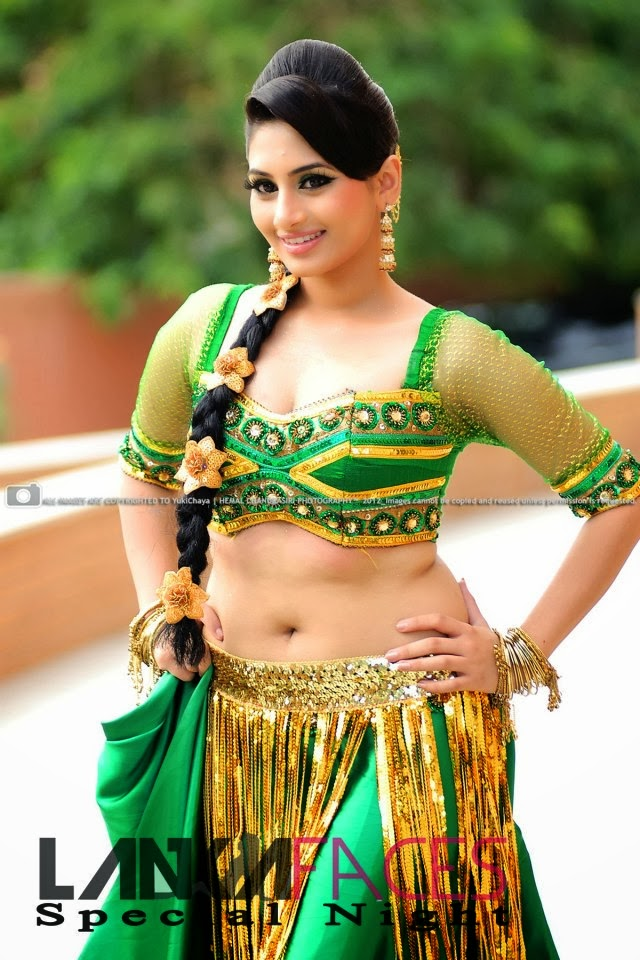 Sheshadri Priyasad hot green dress navel