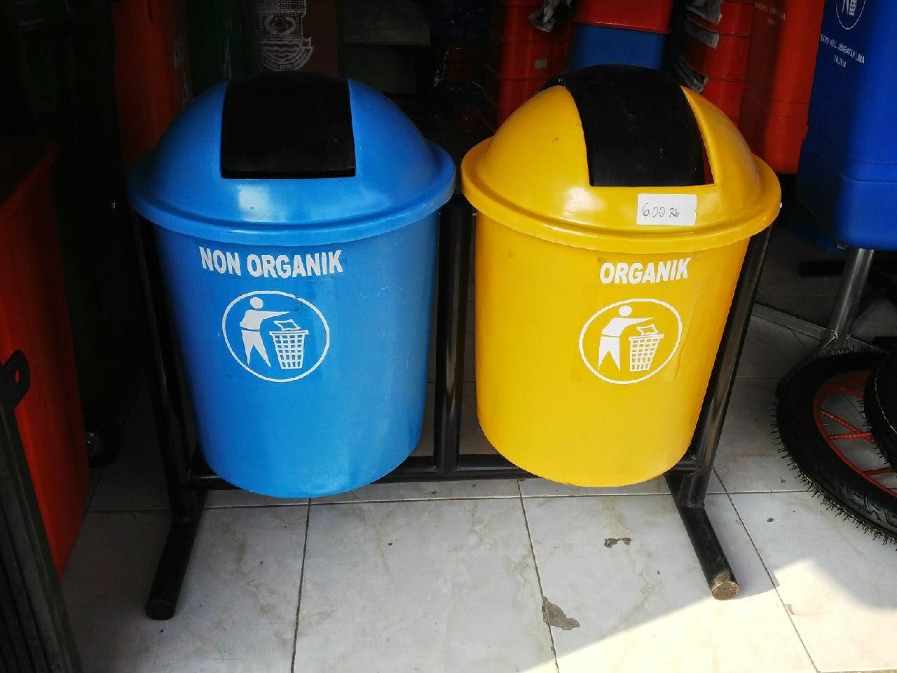 tong sampah fiber bulat pilah 2