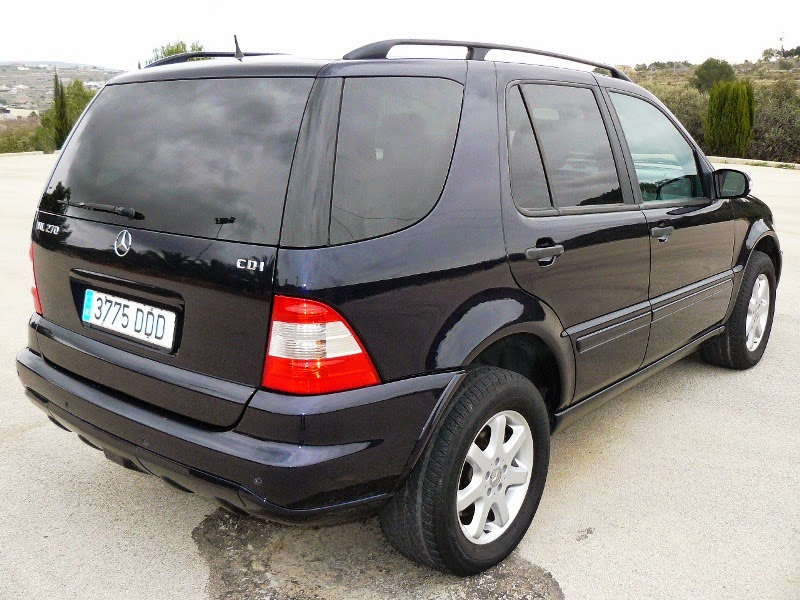 lhd autos now sold 2003 mercedes ml 270 cdi automatic diesel 4 x 4. Black Bedroom Furniture Sets. Home Design Ideas