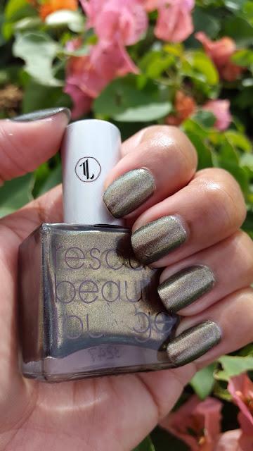 Rescue Beauty Lounge 'Scrangie 2.0' www.modenmakeup.com