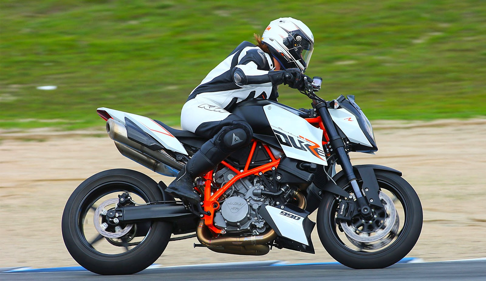 KTM 990 Super Duke R Bikes Price