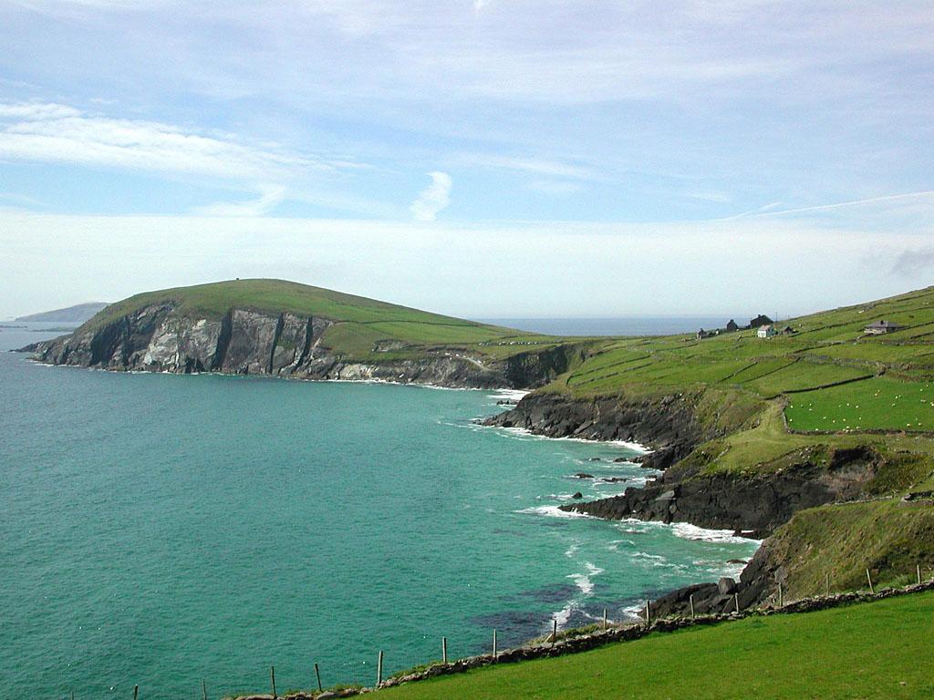 http://2.bp.blogspot.com/-e1S4IA7zP-M/TeaZBdTcAjI/AAAAAAAABGk/mwcHjeUnAw0/s1600/Dingle-Ireland-.jpg