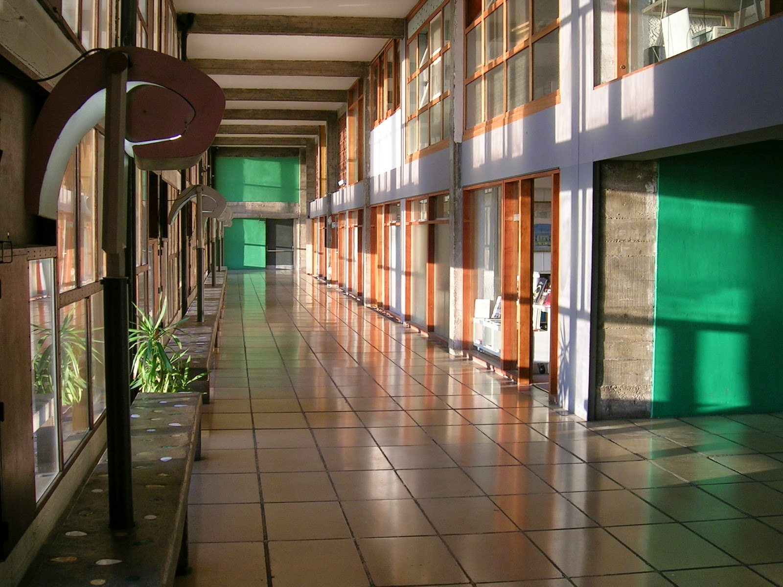 Extrêmement HOME & GARDEN: La Cité Radieuse AJ54