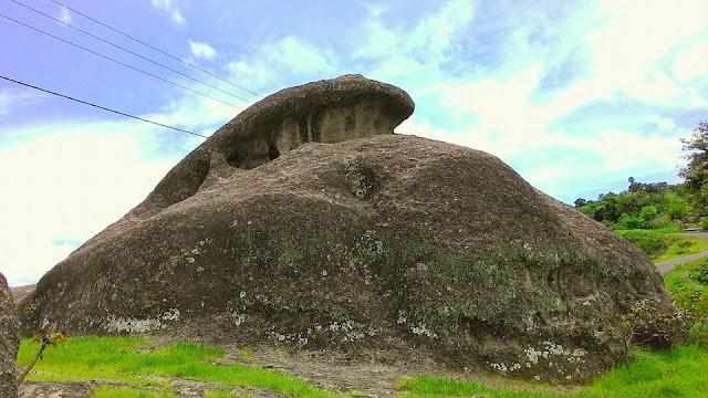 Batu Kodok Flores NTT