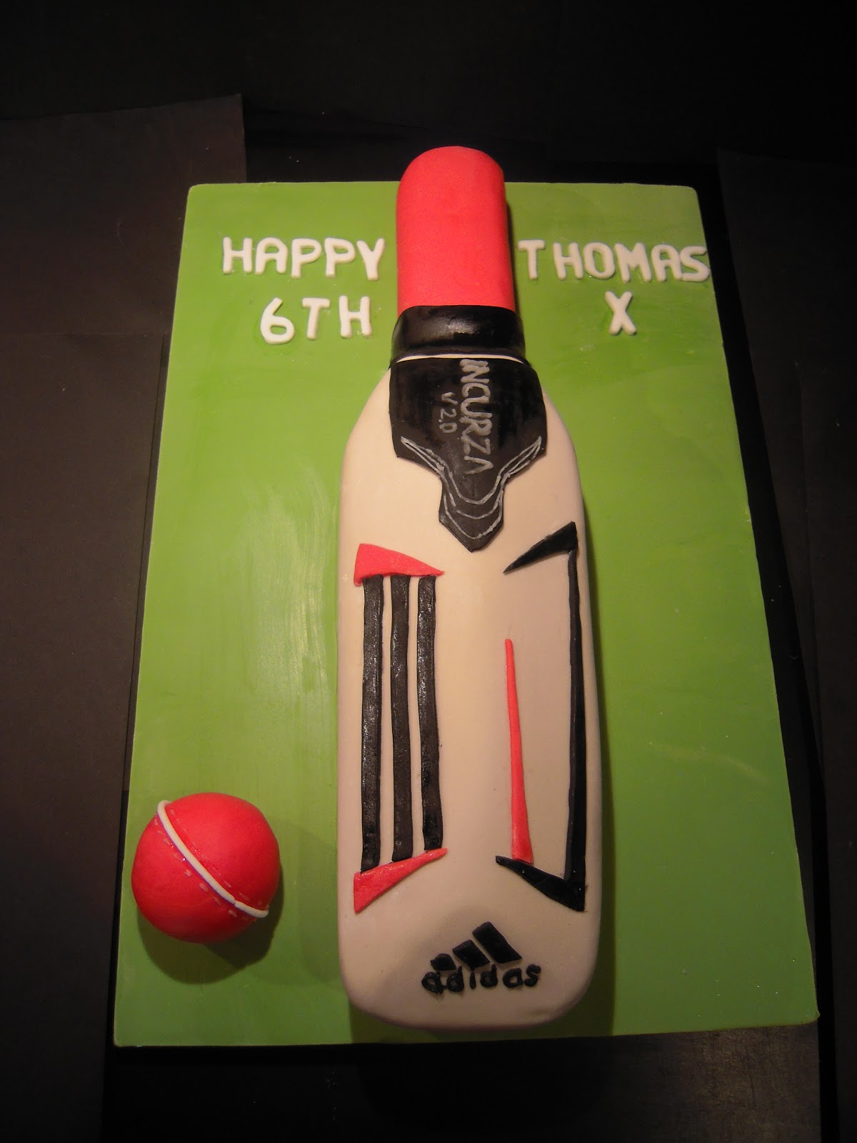 Make Your Own Cricket Bat Cake