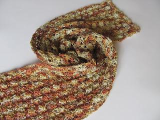 ажурный шрф, шарфик крючком, шарф своими руками, меланжевая нить, шарф красивой вязки, красивый шарф,  яркий шарф