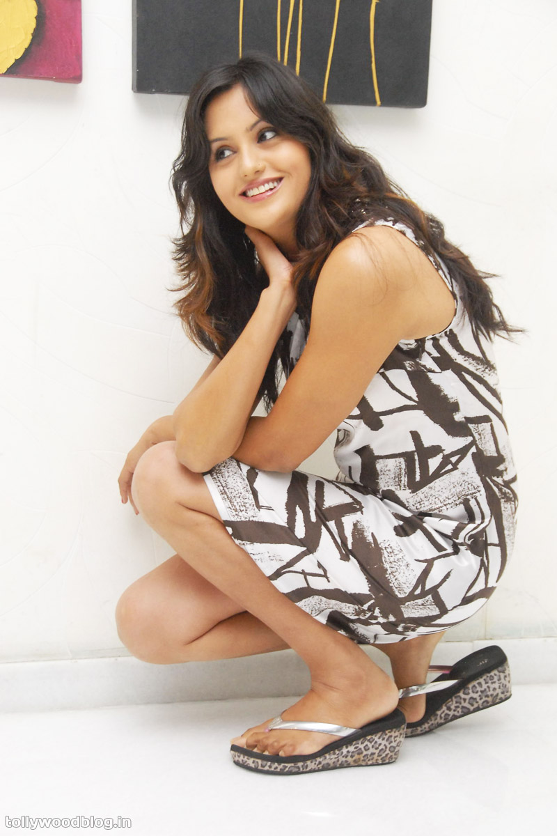 sexy hot images of actress hd   hot sexy latest actress