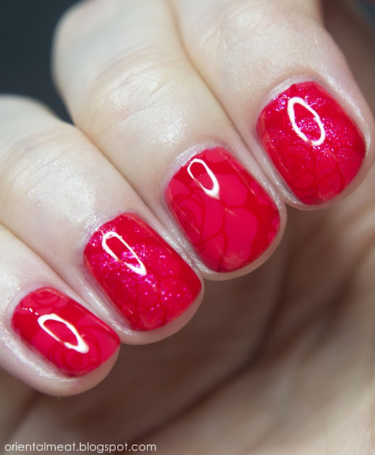 31DC2015-Red nails