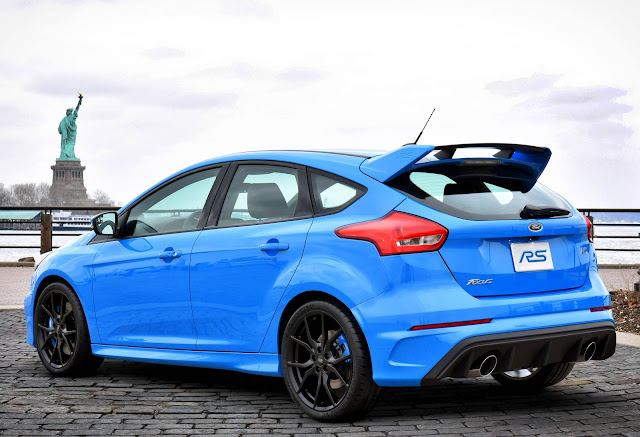 Ford-Focus-RS-2016%2B%25288%2529.jpg
