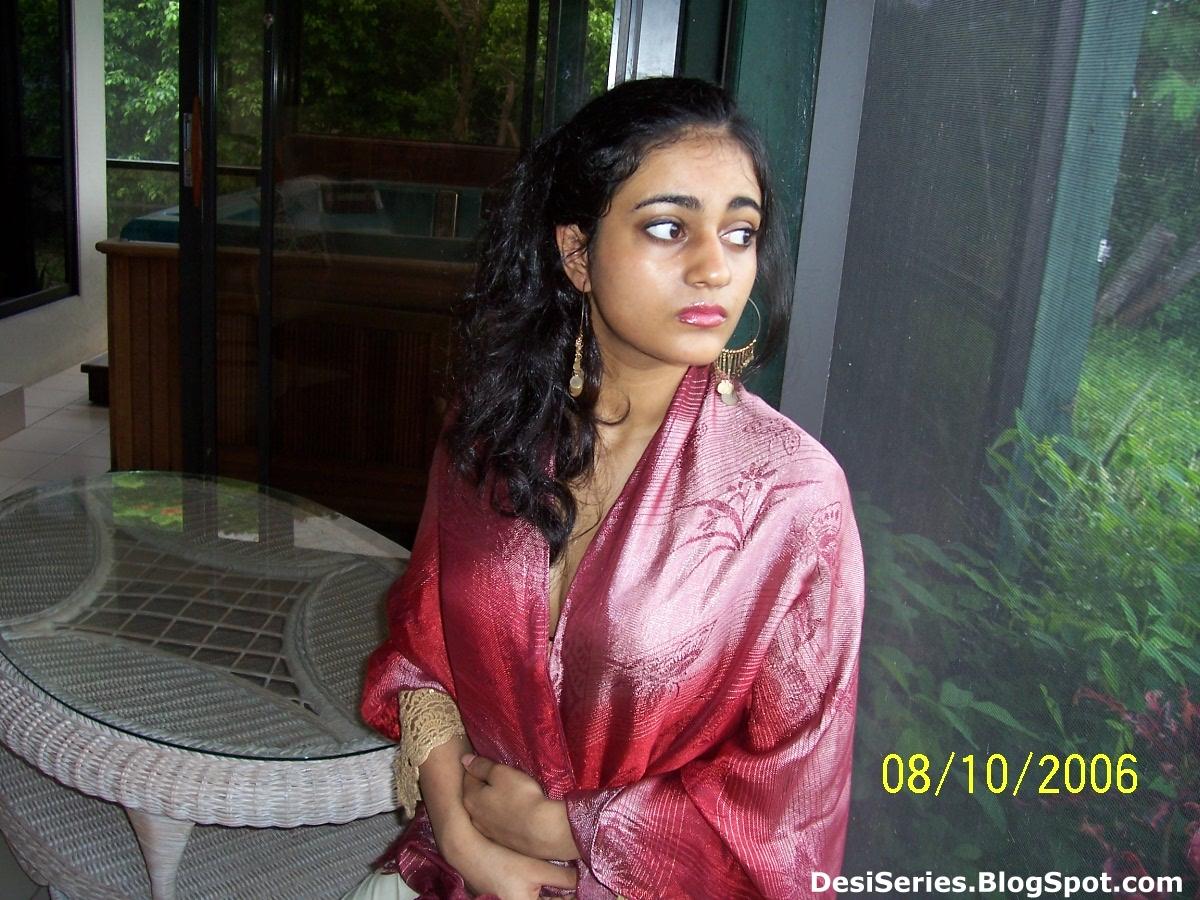 Sri lankan girls sex photo