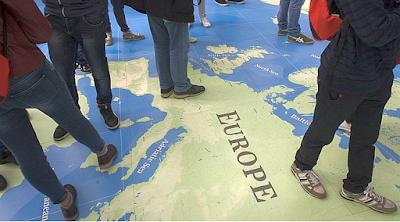 Η ΕΕ σκόπιμα διαλύει τις Ευρωπαϊκές χώρες με λαθρομετανάστες!