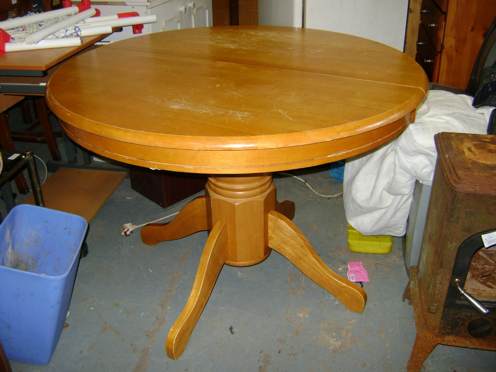 Round Pine Kitchen Table Deccies Done Deal Second Hand Furniture House Clearances New