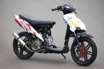 Gambar Foto Modifikasi Motor Suzuki Spin 125.jpg